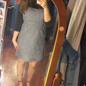 Gingham dress!
